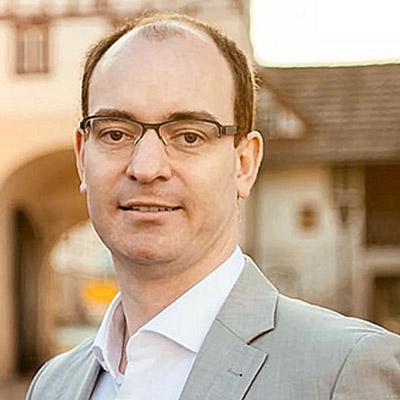 Dr. Lukas Braun